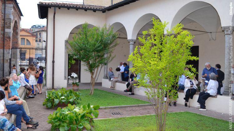 Basilica-di-Sant-Ambrogio-Milano-Italy-Un-manto-per-la-Madonna-del-aiuto-Angela-Carrubba-Pintaldi-with-Emanuele-Viscuso-1blog4u-best-bloggers-Gabriella-Ruggieri-25r