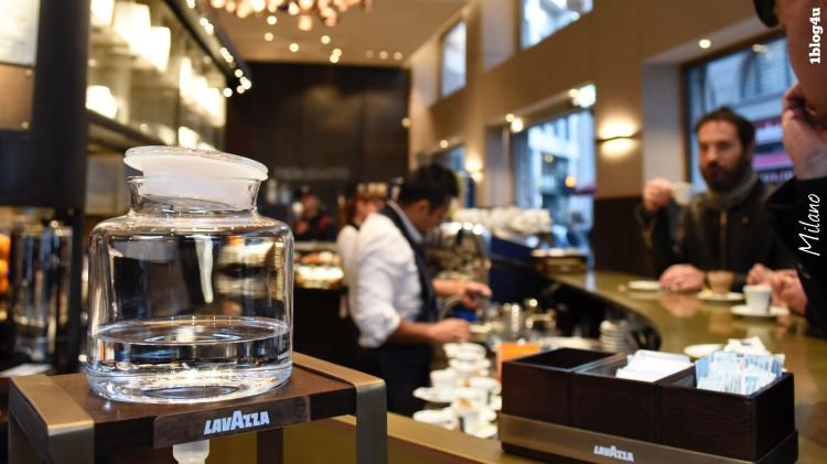 LAVAZZA flagship store in Milan at Piazza San Fedele